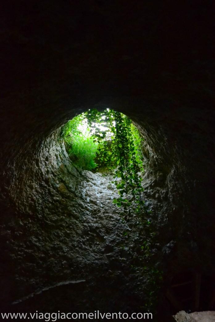 pozzo cisterna castello di Monte Sant'Angelo