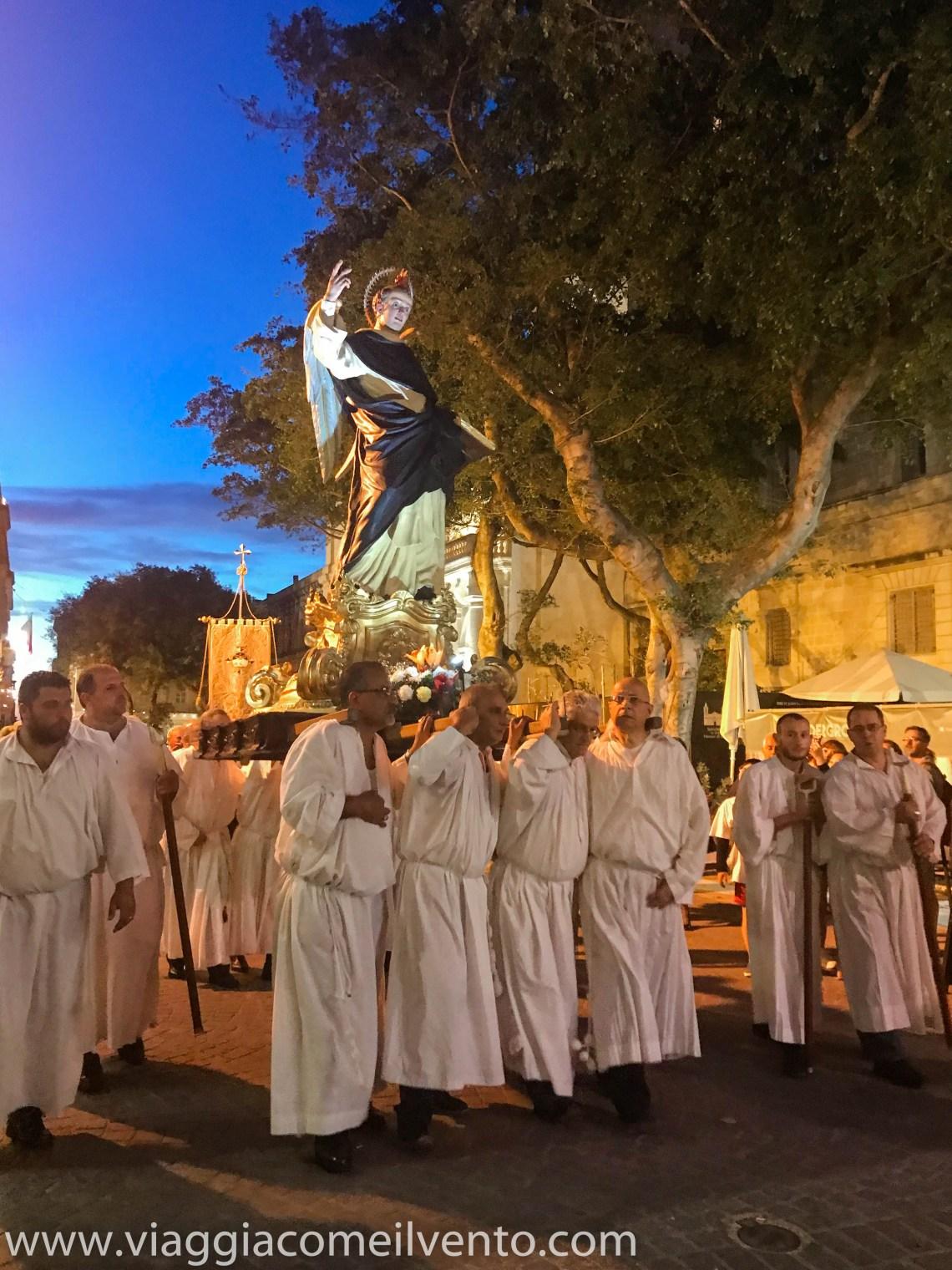 Processione a Malta
