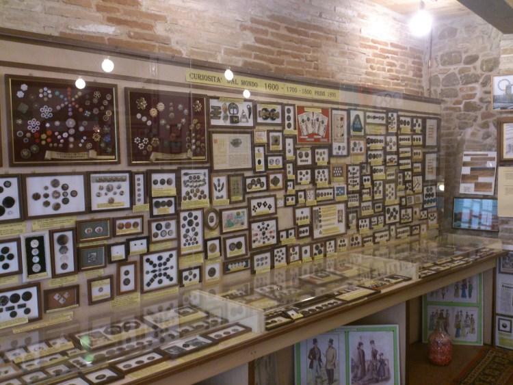 museo del bottone esposizione