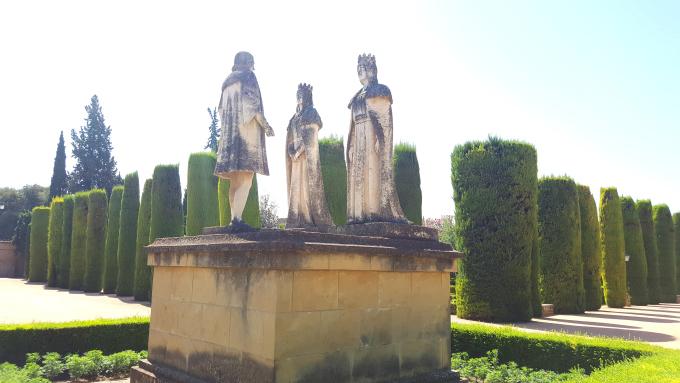 cordoba statue alcazar