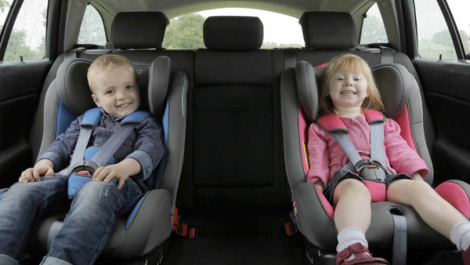 auto a noleggio seggiolini bambini