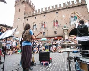 ferrara buskers festival centro storico