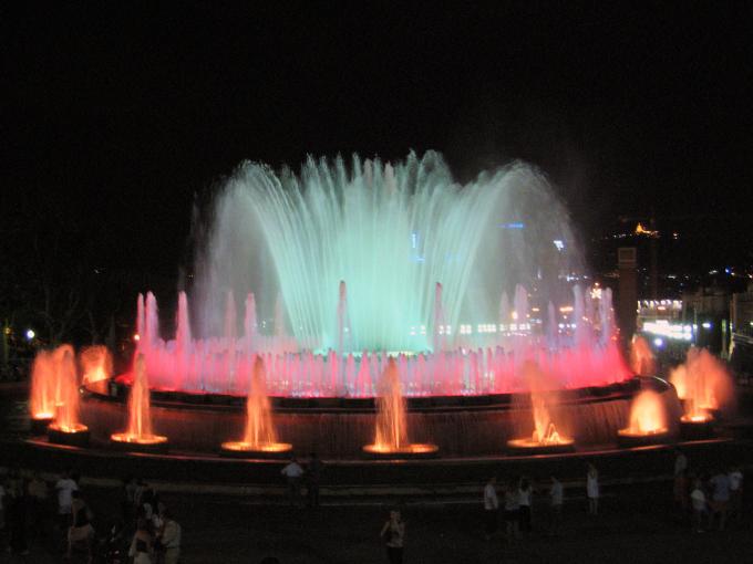 barcelona fontane danzanti