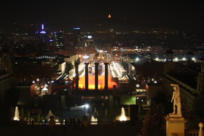 vista notturna barcelona