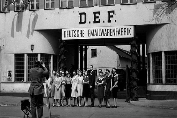 una foto storica fabbrica oskar schindler a cracovia in polonia