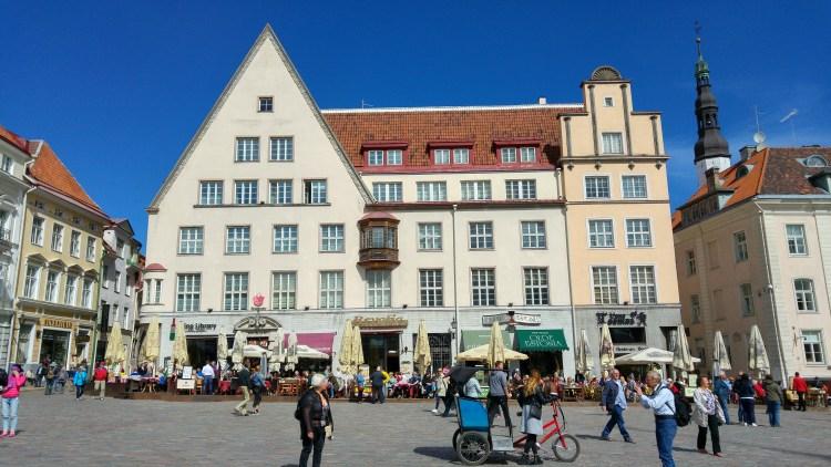 piazza principale tallin estonia