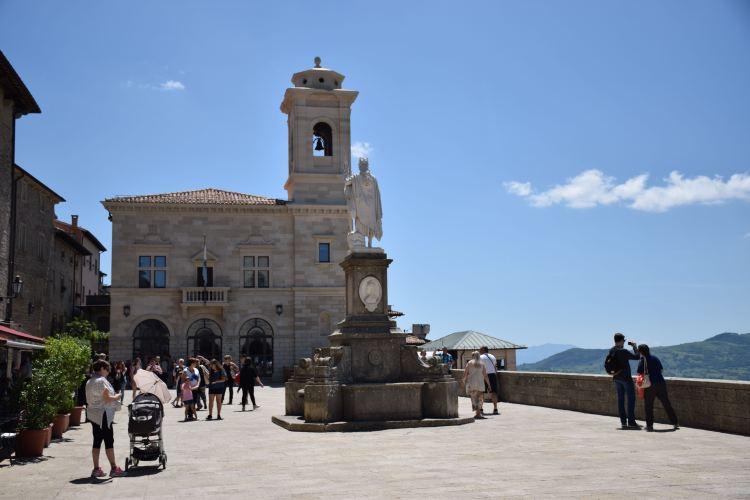 piazza della libertà città di san marino