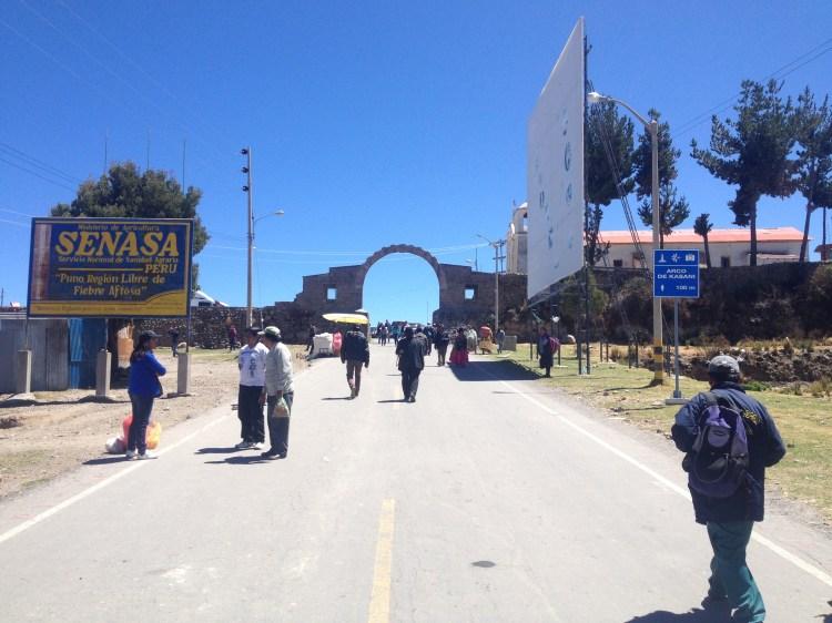 frontiera di kasani, punto di accesso alla bolivia per arrivare alla isla del sol
