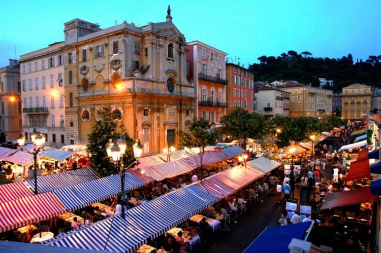 un week-end a nizza per visitare il marché artesanal nocturne