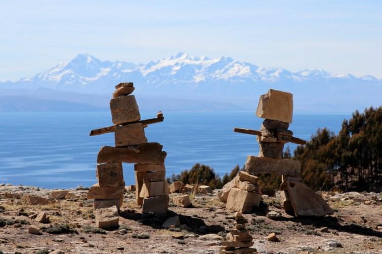 pissole sculture di pietra sulla isla del sol