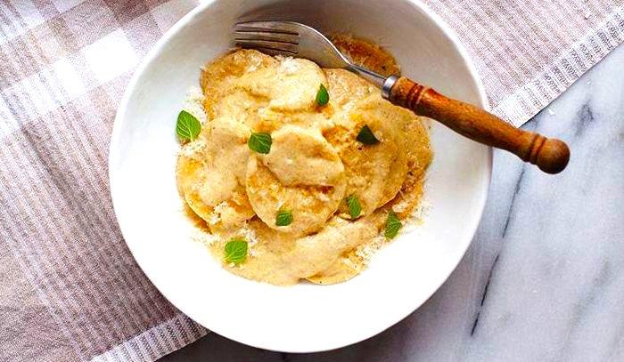 corzetti con salsa di noci condimento ligure