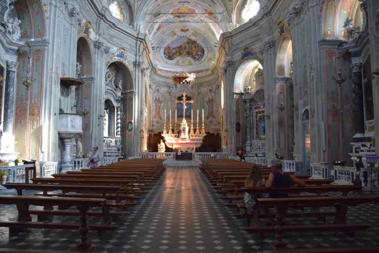chiesa dei corallini nel borgo medioevale di cervo