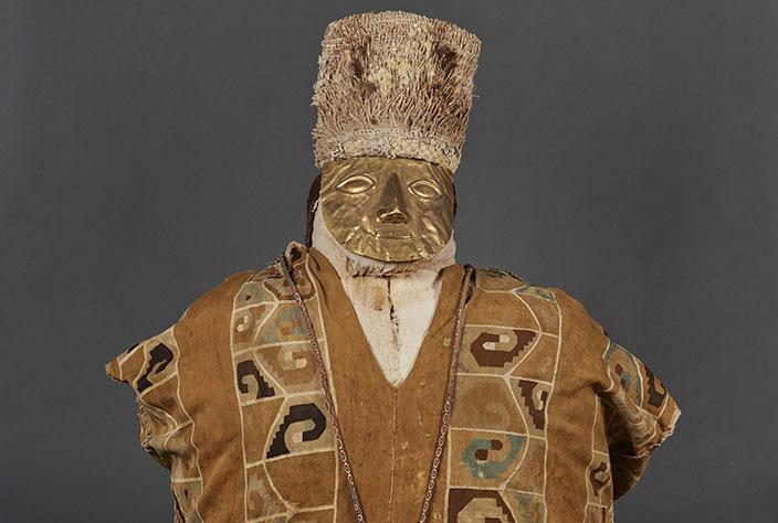Fardo Huari esposto al Museo Larco