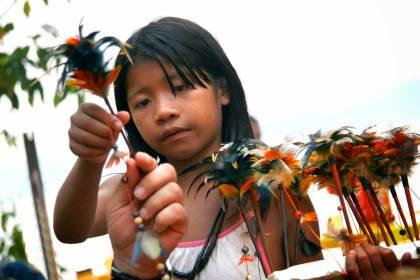 Giornata internazionale popoli indigeni Il giovane membro di una tribù indigena