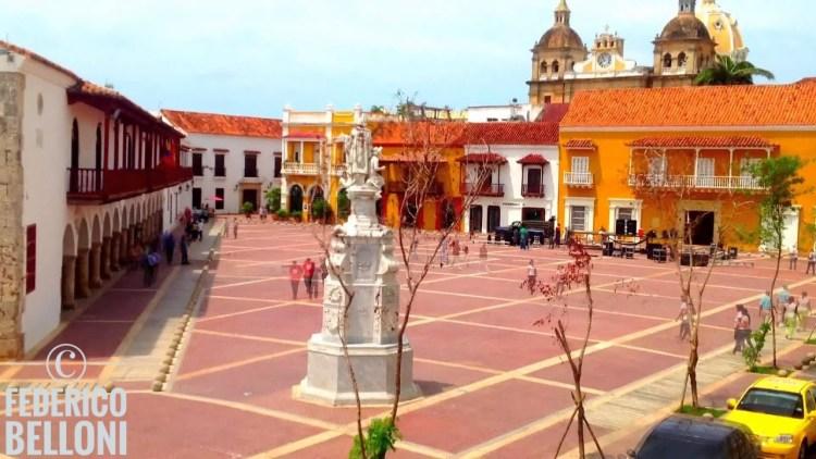 plaza de la aduana cartagena colombia