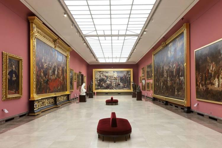 Una bellissima sala espositiva del Museo Nazionale di Cracovia
