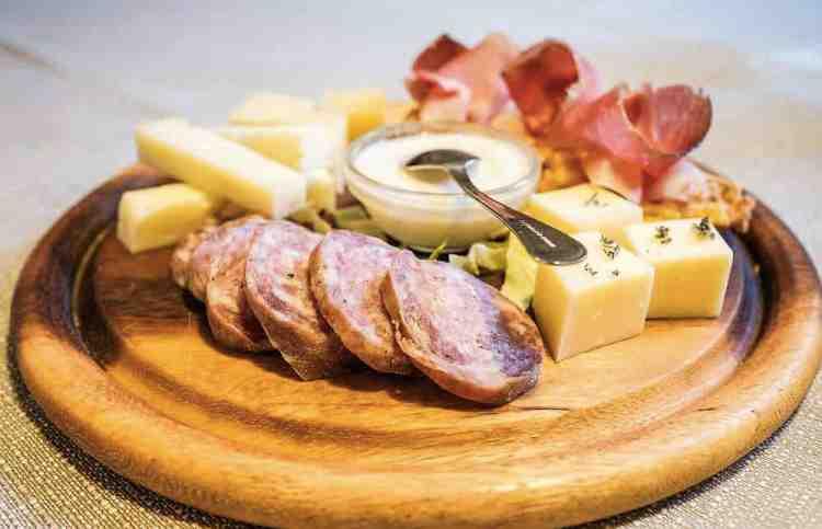 ALcuni prodotti gastronomici tipici del Garda Trentino