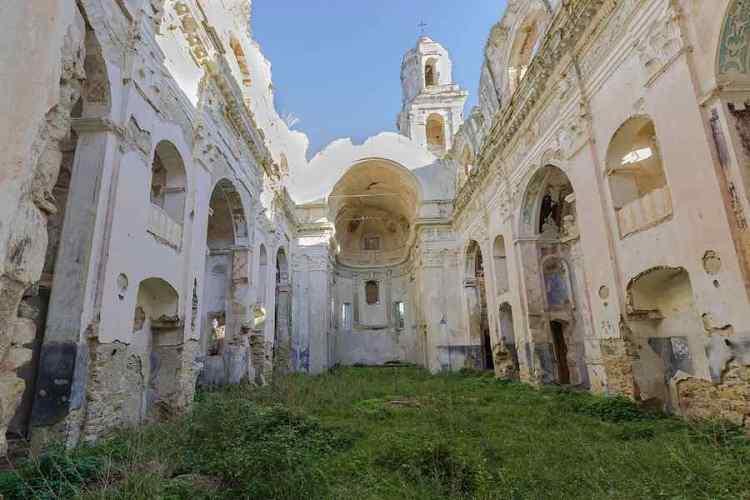 i resti della chiesa di sant'egidio a bussana vecchia