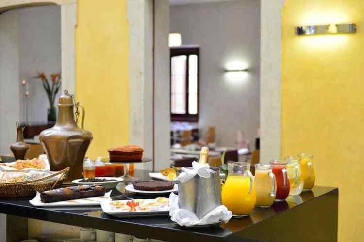 il breakfast della pausada palacio de estoi
