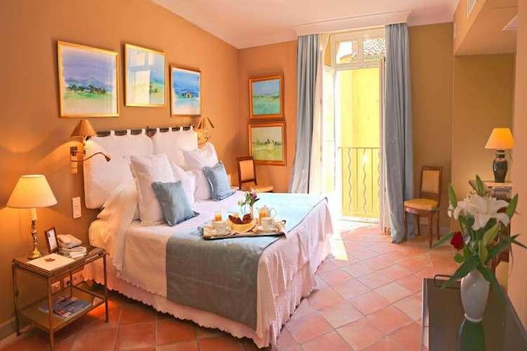 camera dell'hotel de la ponche uno dei migliori hotel a saint tropez