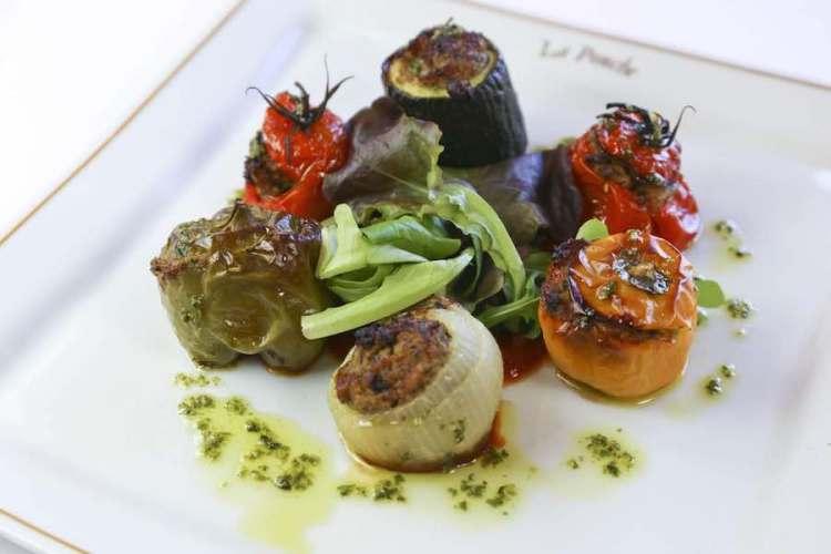 squisito piatto vegetariano del ristorante dell'hotel de la ponche uno dei migliori hotel a saint tropez