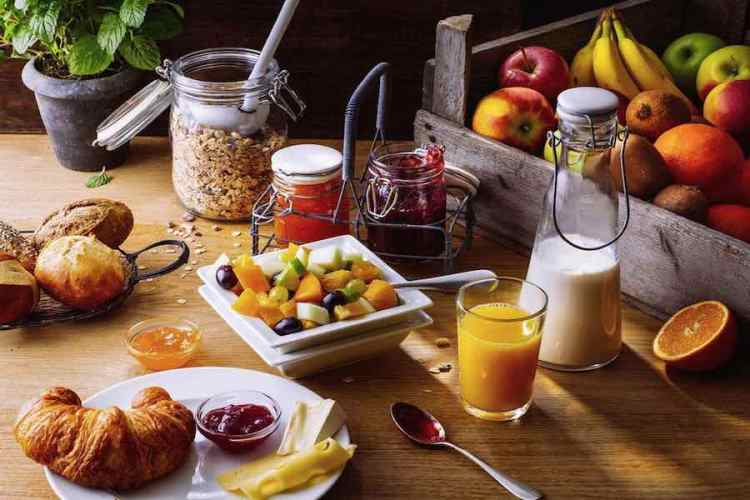 il breakfast dell'aarela boutique hotel di tirana