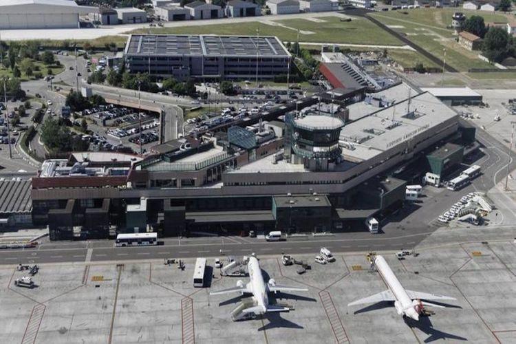 l'area delle operazioni dell'aeroporto bologna
