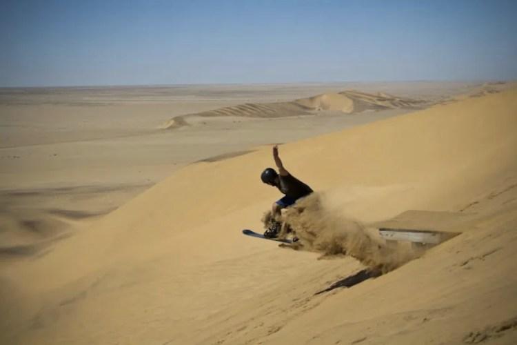 il sand board sul cerro blanco vicino a nazca