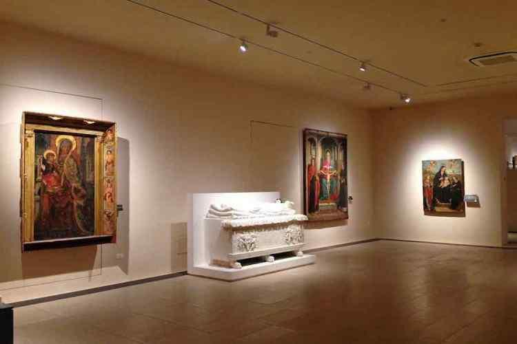 una sala della galleria di palazzo bellomo a siracusa