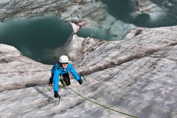climbing a chamonix
