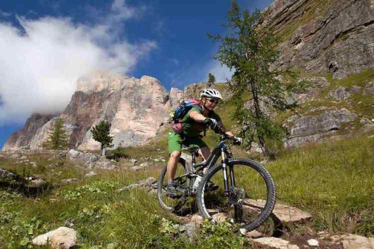 mountain bike a cortina
