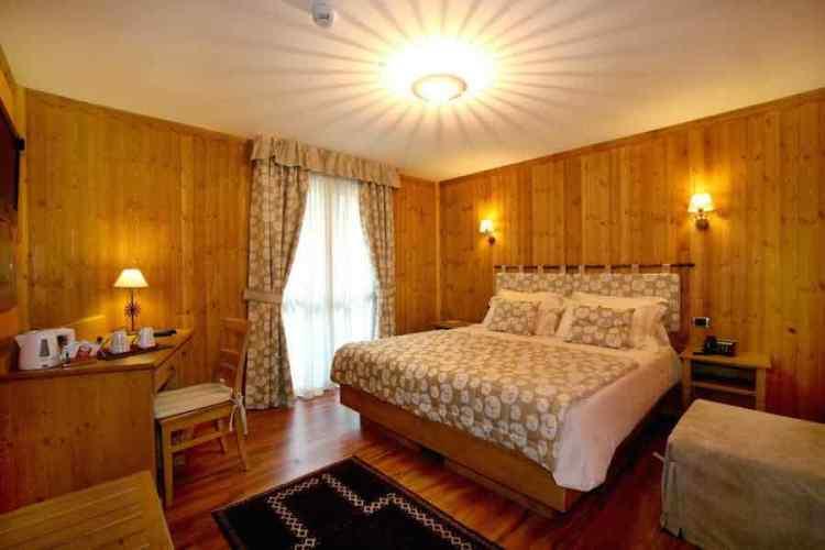 camera hotel botton d'or la thuile