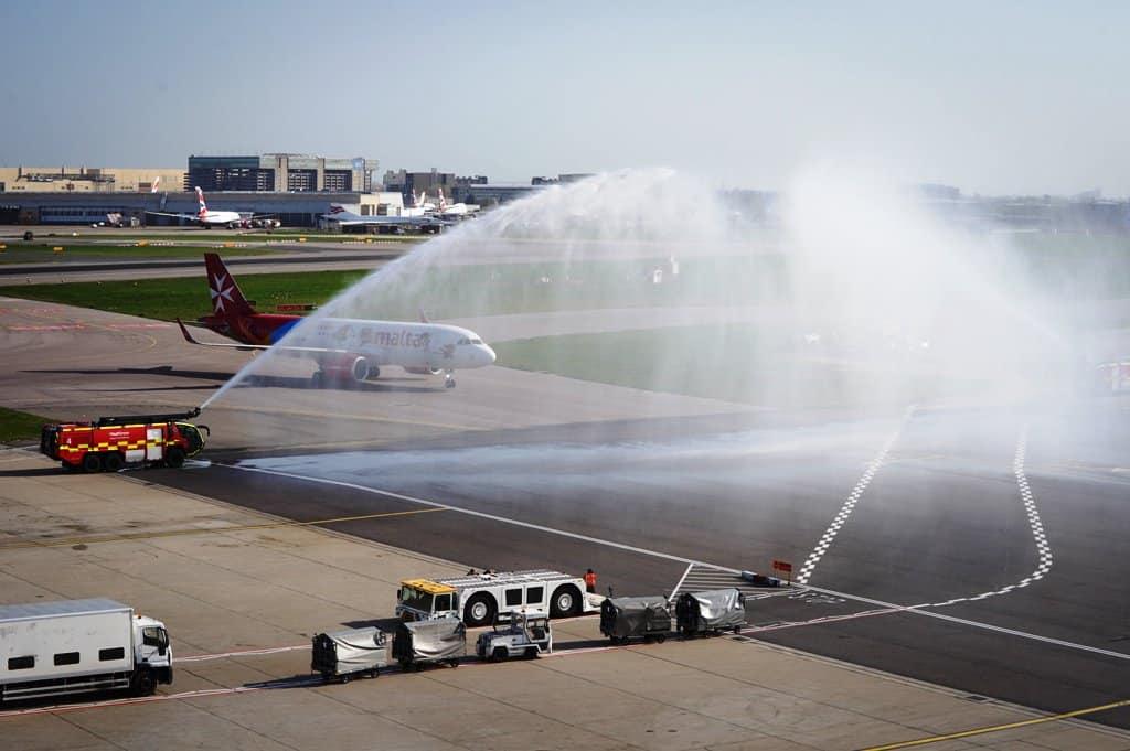 Water cannon Air Malta