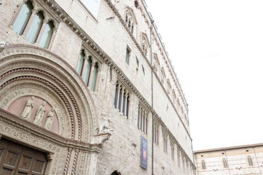Entrata Palazzo dei Priori in Corso Vannucci