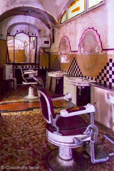 Vecchie sedie del barbiere