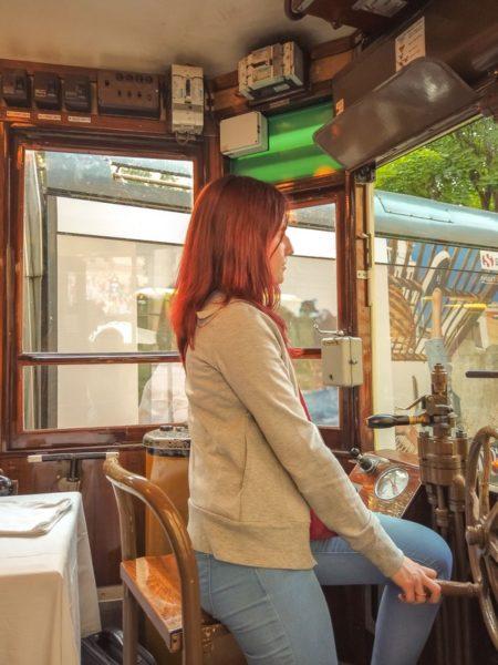A bordo del tram
