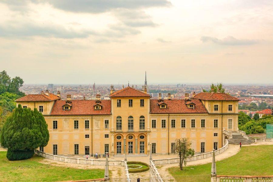 Vista sulla città di Torino dai Giardini di Villa della Regina