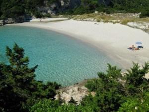 spiaggia petit sperone, corsica del sud