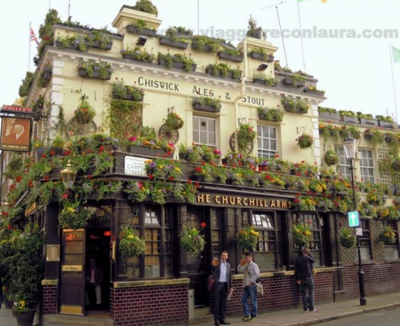 the churchill arms londra
