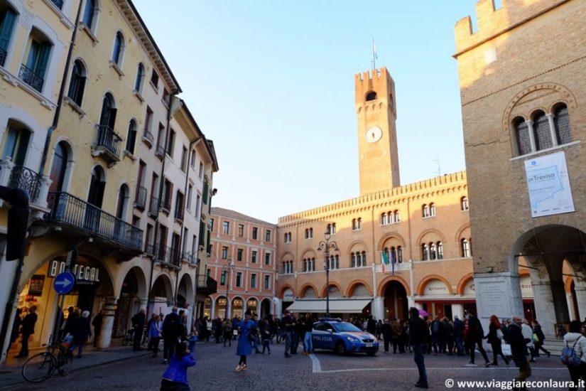 Treviso cosa vedere in un giorno itinerario viaggiare for Palazzi davvero grandi