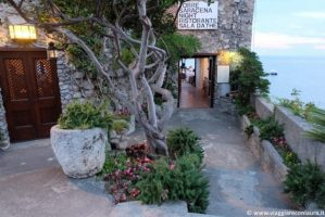 amalfi-costiera-amalfitana-ristorante-torre-saracena-ingresso