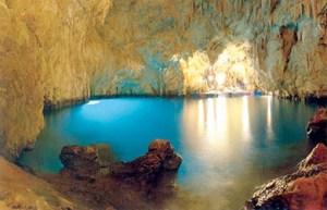 grotta dello smeraldo conca dei marini