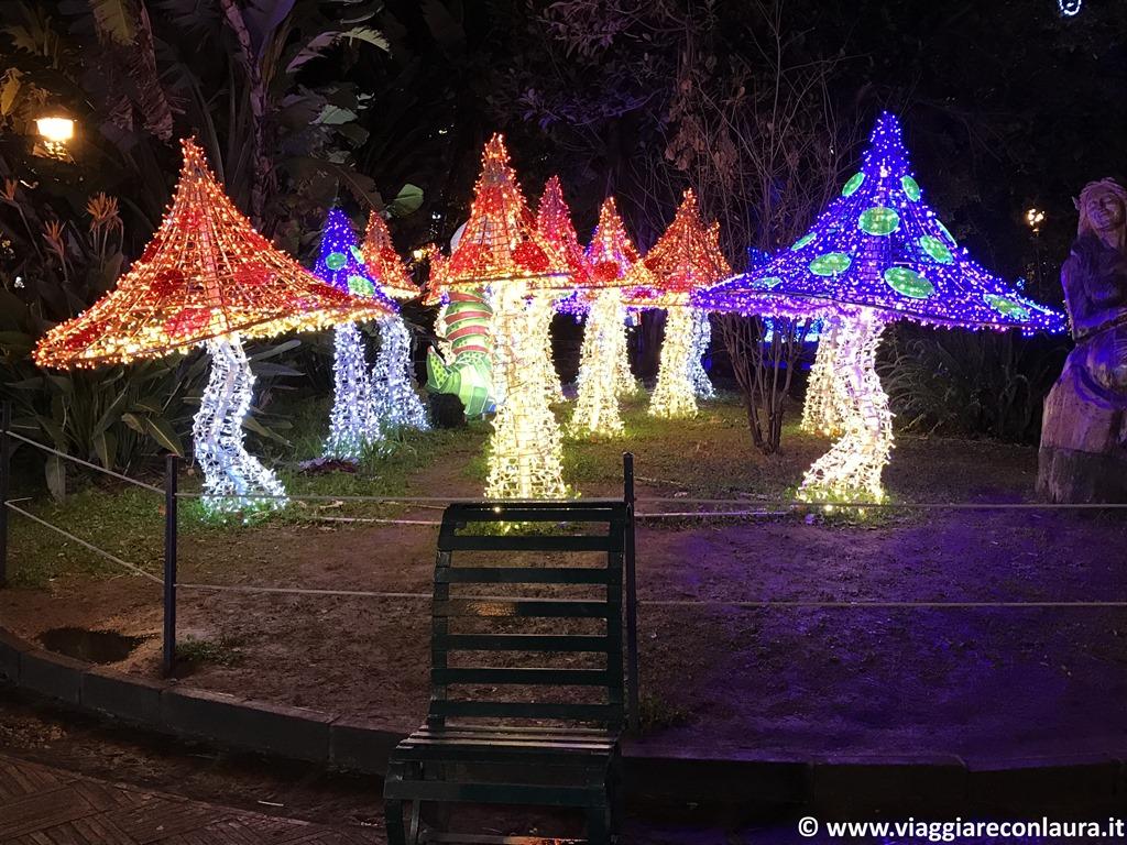 salerno luminarie natale giardino villa comunale