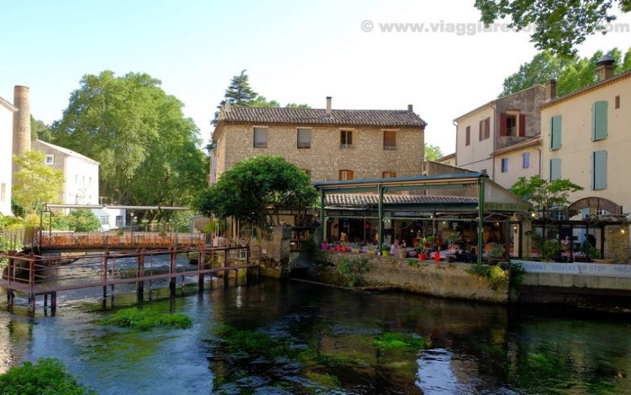 fontaine de vaucluse provence