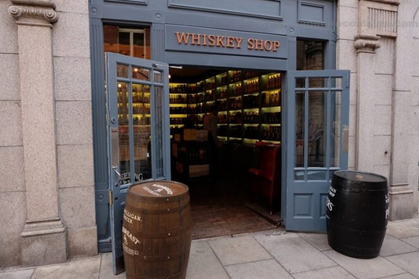 whiskey shop in dublin