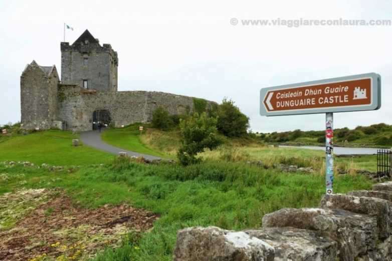 dunguaire castle ireland kinvara