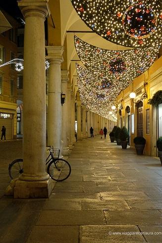 modena a natale via emilia (2)