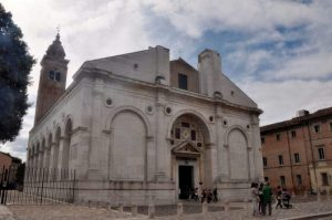rimini centro storico - tempio malatestiano