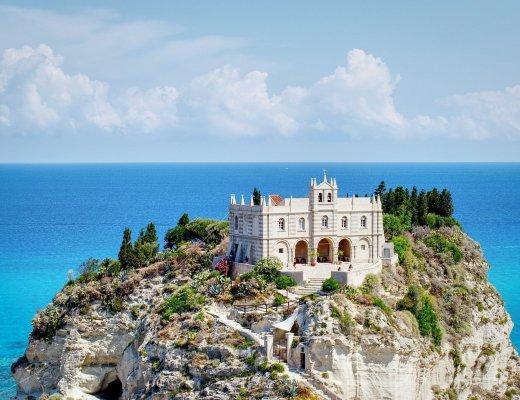 8 località di mare da scoprire in Italia