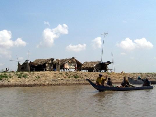 Cambogia - Takéo - Navigazione lungo i canali